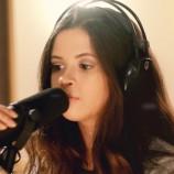 Gabi Borges lança seu primeiro single
