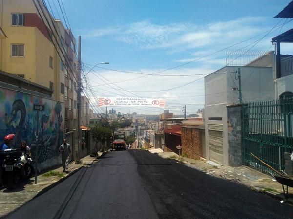 PBH desrespeita proteção de Santa Tereza com asfaltamento de ruas