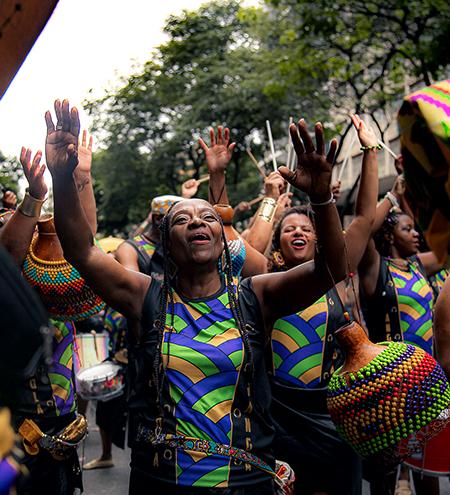 Bloco Angola Janga de BH completa cinco anos com lançamento de livro